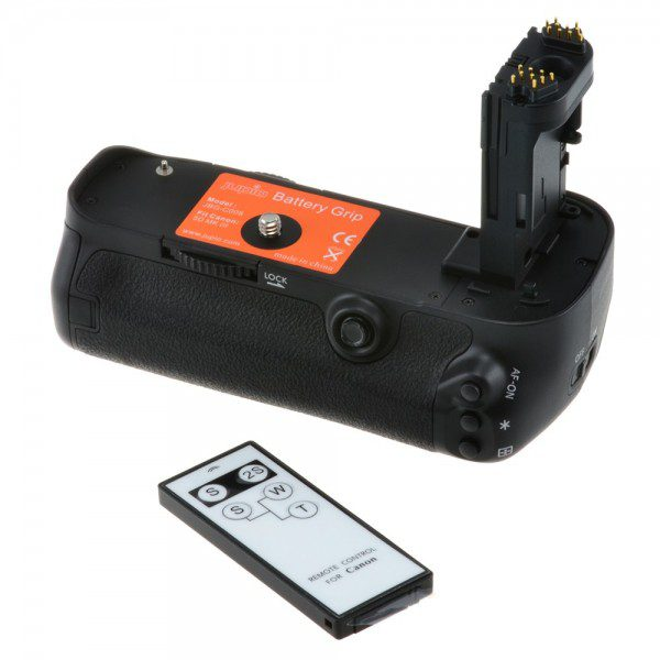 Nikon Battery grip MB-D11 (merk Jupio)
